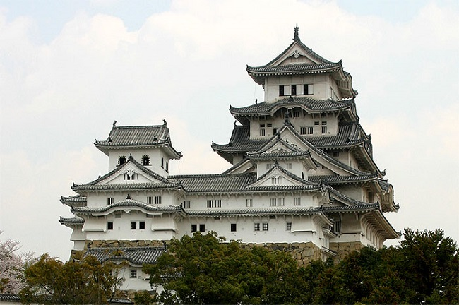 姫路城:白壁が美しい別名白鷺城 ユネスコ世界遺産 現存天守国宝 姫路城【お城特集 日本の歴史】