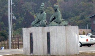 浅井長政・お市銅像