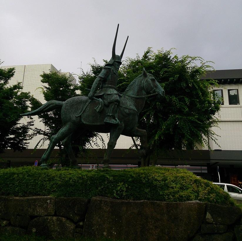 彦根城:井伊直政の意思を継いだ直継により築城 日本五大国宝の一つ彦根城【お城特集 日本の歴史】