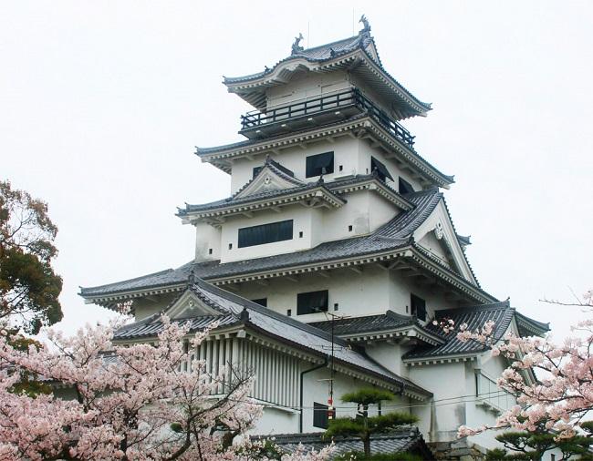 今治城:日本三大水城の一つで藤堂高虎が築いた名城 今治城【お城特集 日本の歴史】