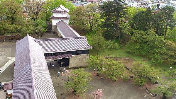 鶴ヶ城 会津若松城(1/460)日本の名城プラモデル 屋根ゴールドメッキ豪華版